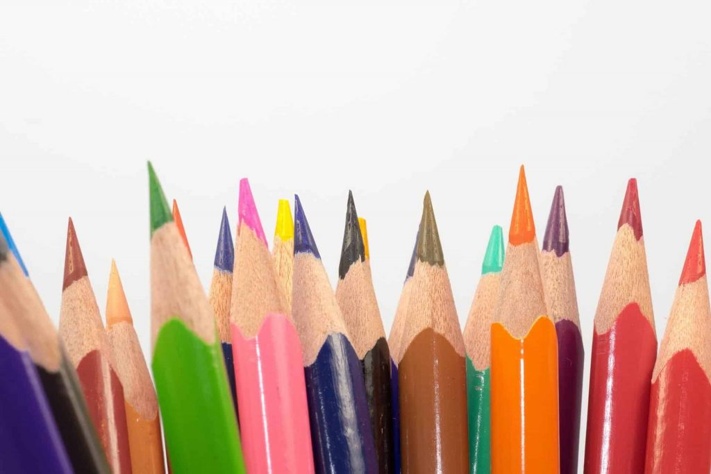 colored-pencils-sharpener-min